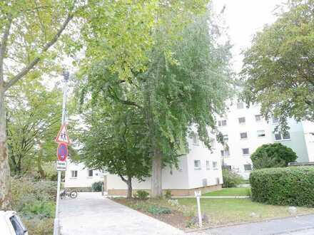 Seeheim...wunderschöne und sanierte 4 ZKB mit Balkon...Einbauküche...Gäste-WC