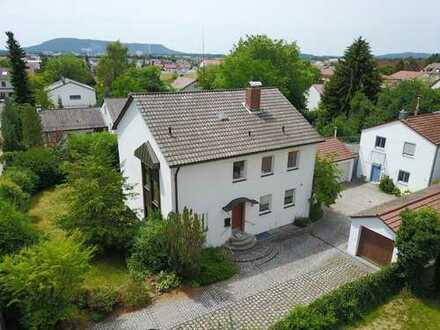 Großzügiges Haus mit Garten in Neumarkt in der Oberpfalz