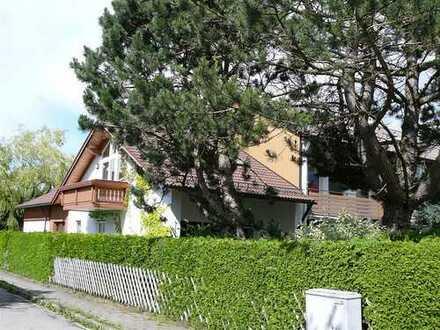 Gepflegte großzügige Wohnung mit Garten in Sauerlach von Privat