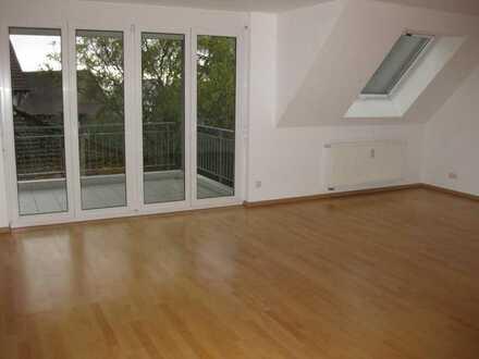 Moderne,grosse 4-Zi.Maisonettewohnung in ruhigem Wohngebiet
