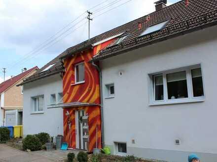 Sonnige 5 Zimmer Wohnung am Volkmarsberg mit Terrasse und Garten