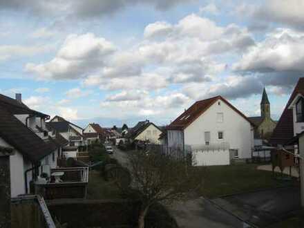 Neubau: Optimale 4,5 Zi.Maisonette in Oberjesingen mit Aufzug