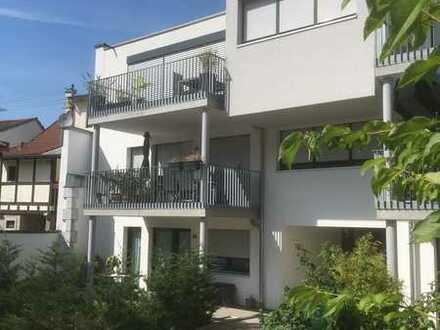 Moderne 3-Zi Penthouse Wohnung mit grossem Südbalkon