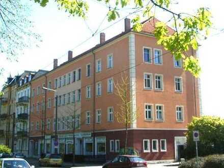 geräumige Wohnung, 3 Zimmer, am Kleistpark