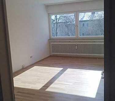 Helle Dreizimmerwohnung mit Glasveranda. Provisionsfrei. Hechingen