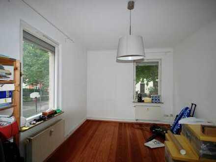 Attraktive 4-Zimmer-Hochparterre-Wohnung mit EBK in Tübingen