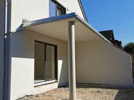 Attraktive 2 ZKB- Neubauwohnung in Schönhofen zu vermieten