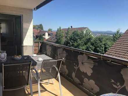 Großzügiges Wohnen auf einer Etage (149m², 1. OG mit Balkon)