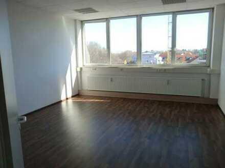 Schöne renovierte große Büroeinheit in Unterhaching ca. 185 qm auch teilbar