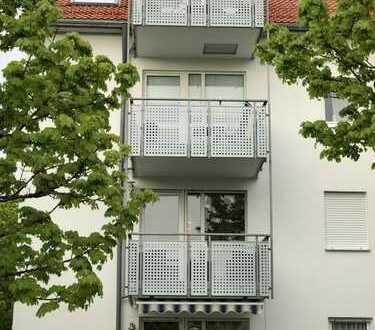 hochwertige 3-Zimmer-Wohnung mit Balkon und EBK in Höhenkirchen-Siegertsbrunn