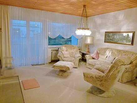 Gut aufgeteilte 4 Zimmer Wohnung mit Balkon