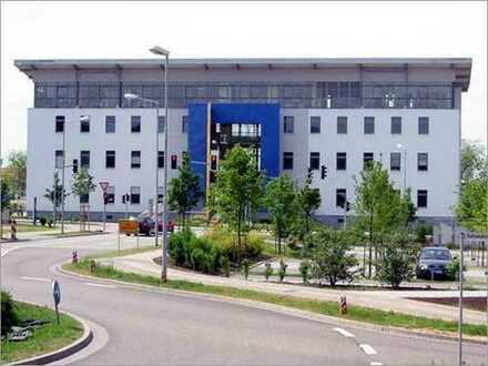 Großzügige Büroetage mit besonderer Architektur
