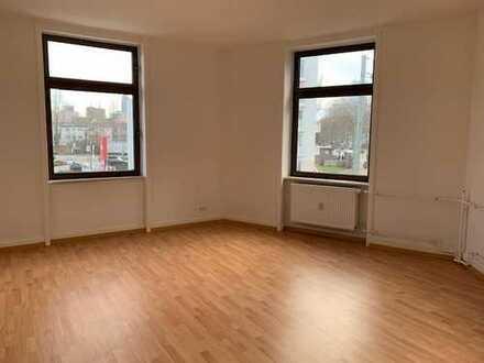 Ihre großzügige 4-Zimmer-Wohnung in Frankfurt mit EBK