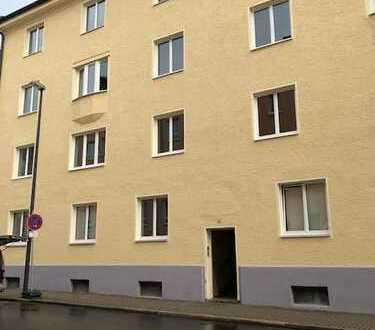Helle großzügige Altbauwohnung Nähe Klinikum, Weiden