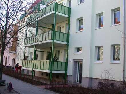 ruhig und komfortabel Leben in hochwertig sanierter 3-Zi-Wohnung in Johannisthal