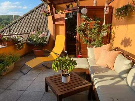 Dachgeschosswohnung mit Terrasse und Tiefgarage