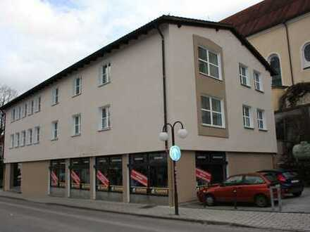 Große Einzelhandelsfläche ca 295 m² + 130 m² Nebenfläche zwischen Marktstr und Kurbereich