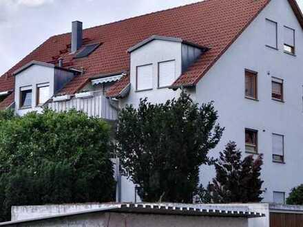 Gepflegte 4-Raum-Wohnung mit großem Balkon und Einbauküche in Bad Friedrichshall