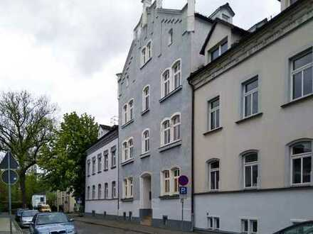 2 Raumwohnung   Innenstadt   Stellplatz möglich