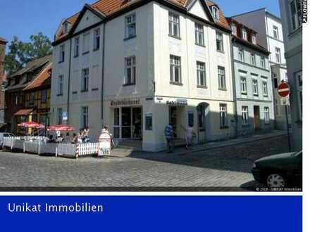 Schöne 1-Raumwohnung mit Einbauküche in der Altstadt