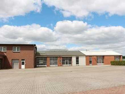 Die besondere Immobilie auf 8.000m² Grundstücksfläche!! Mit Hallen, Werkstatt, Büro und Verkaufsr...