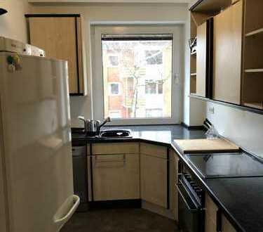 970 €, 90 m², 3 Zimmer