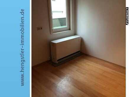 1 WG-Zimmer Nr. 2 im EG in Doppelhaus mit 7 Zimmern in Nürtingen, Forststraße