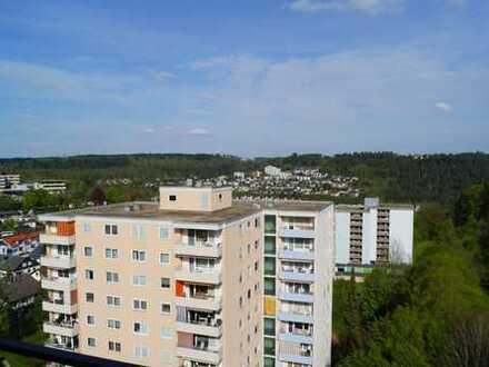 Gepflegte 3-Zimmer-Wohnung mit zwei Balkonen und Einbauküche in Nagold