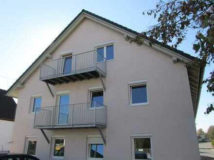 Erstbezug: schöne 3-Zimmer-Wohnung mit Balkon zwischen Augsburg und Landsberg in Hiltenfingen