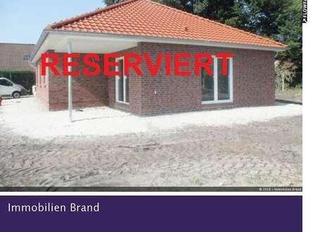 Neubau! Bungalow mit Carport und Geräterraum in ruhiger Siedlungslage von Ohrwege!