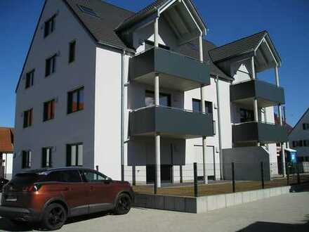 Schöne, geräumige drei Zimmer Wohnung ( über zwei Ebenen ) in Augsburg (Kreis), Großaitingen
