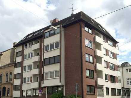 Helle 2-Zimmer-Wohnung zwischen Viertel und Bahnhof