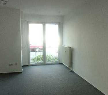 Appartement in Altenbochum   weißes Duschbad   Pantryküche