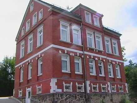 Kleine schöne 3-Raum-Wohnung wieder zu vermieten - mitten im Grünen