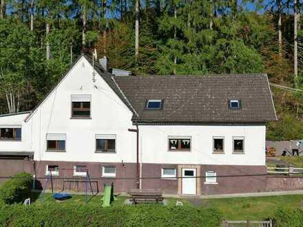 """Wohnhaus mit ELW, nah am """"Pferdeparadies"""" zwischen Morsbach und Friesenhagen"""