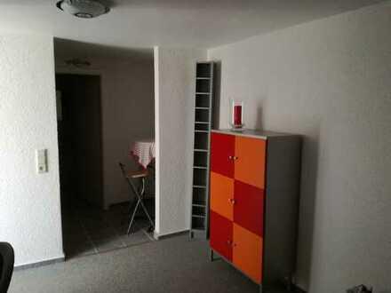 Erstbezug nach Sanierung mit Einbauküche: freundliche 1-Zimmer-Wohnung in Ludwigshafen