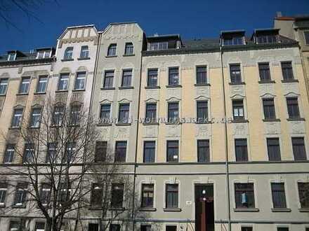 Perfekte Single-Wohnung in Schloßchemnitz komplett in den Innenhof mit Balkon!