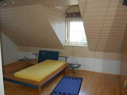 Schöne, geräumige zwei Zimmer Wohnung in Kelheim (Kreis), Saal an der Donau