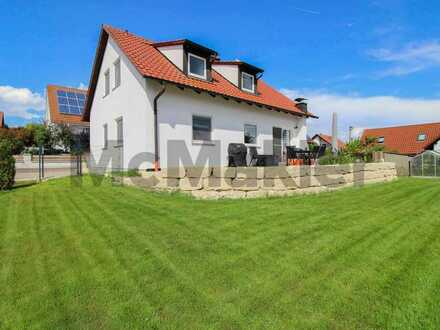 Modern, ruhig, naturnah: Familienidyll mit  5 Zimmern, tollem Garten und Terrasse
