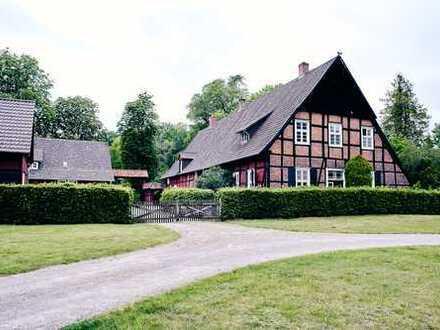 Wunderschönes, geräumiges Fachwerkhaus mit Schlossblick
