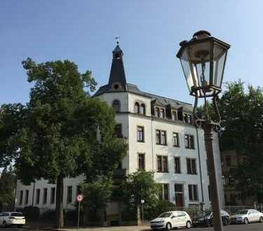Viel Platz zum Wohlfühlen! 3 Zimmer Dachgeschosswohnung in Dresden-Striesen (Ost)
