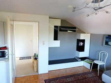 1-Zimmer-DG-Wohnung in Bogen am Weinberg, ab 1.1. mietfrei, mit Garage, von privat