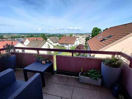 helle Dachgeschoss WG mit Balkon
