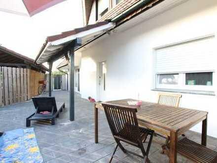 Barrierefreie Erdgeschoßwohnung mit großer Terrasse und eigenem Zugang