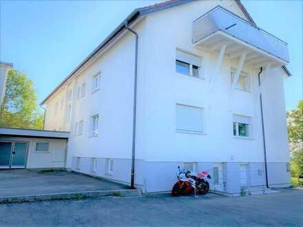 Frisch renovierte 4Zimmer EG - Wohnung mit Aussicht am Ortsrand