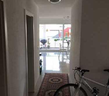 Schöne helle 4,5-Zimmer Wohnung