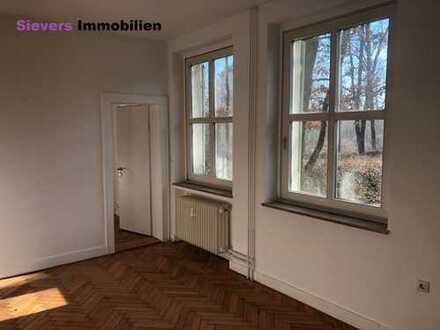 Idyllisches Wohnen im Grünen - 4-Zimmer-Erdgeschosswohnung