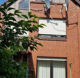 Attraktives 6-Zimmer-Reihenendhaus mit Einbauküche in Stade nähe Schwabensee