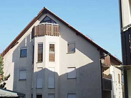 Ansprechende 4-Raum-Maisonette-Wohnung mit EBK und Balkon in Weinsberg