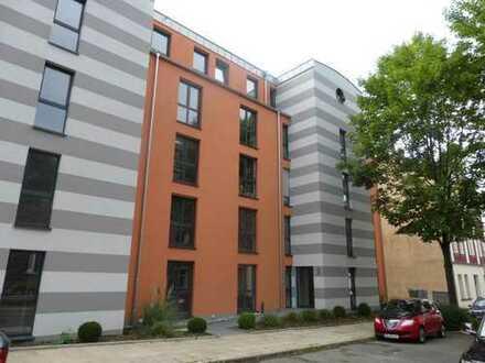 Tolle EG Whg. mit großem Balkon und eigenem Garten, allg Fitnessbereich und toller Hausgemeinschaft!
